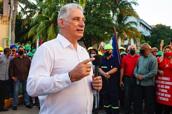 """Internet en Cuba estará más censurado con nueva ley anti """"fake news"""""""