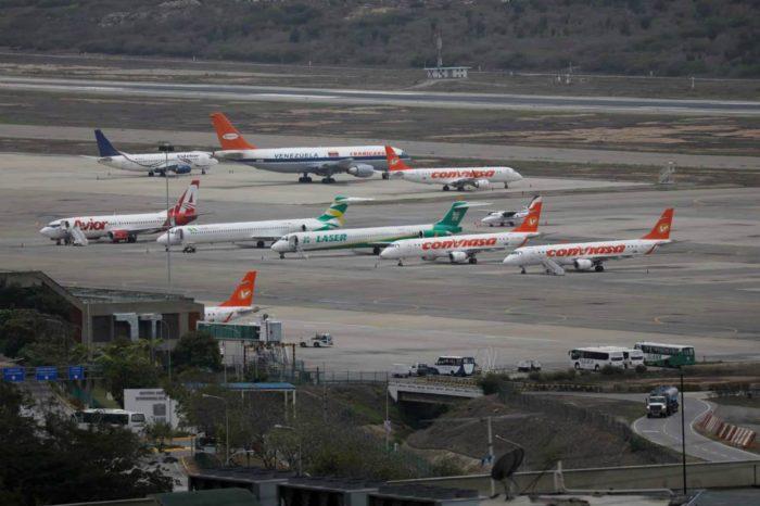 ¿Cuánto cuesta viajar en avión dentro de Venezuela?