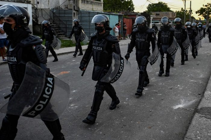 Terrorismo de estado en Cuba es la respuesta a las protestas